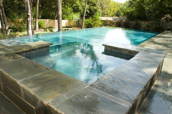 gorgeous Dallas infinity pool
